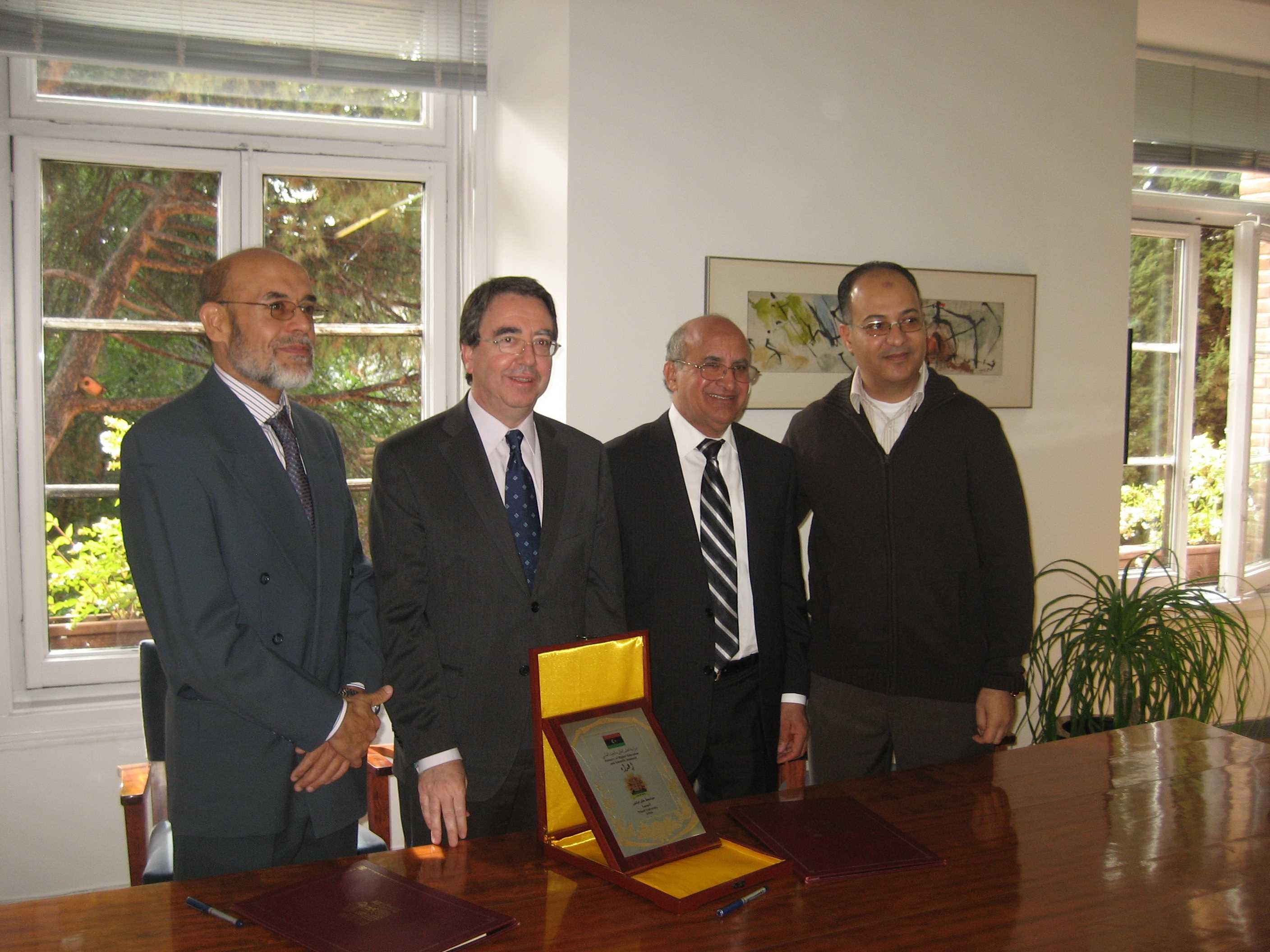 Rector Universidad de Tripoli (Libia)